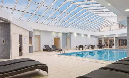 swimming pool doubletree by hilton oxford belfry